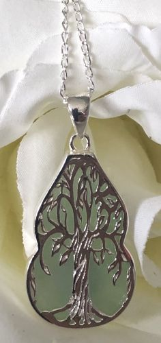 Gourd Shaped Tree of Life Jade Pendant